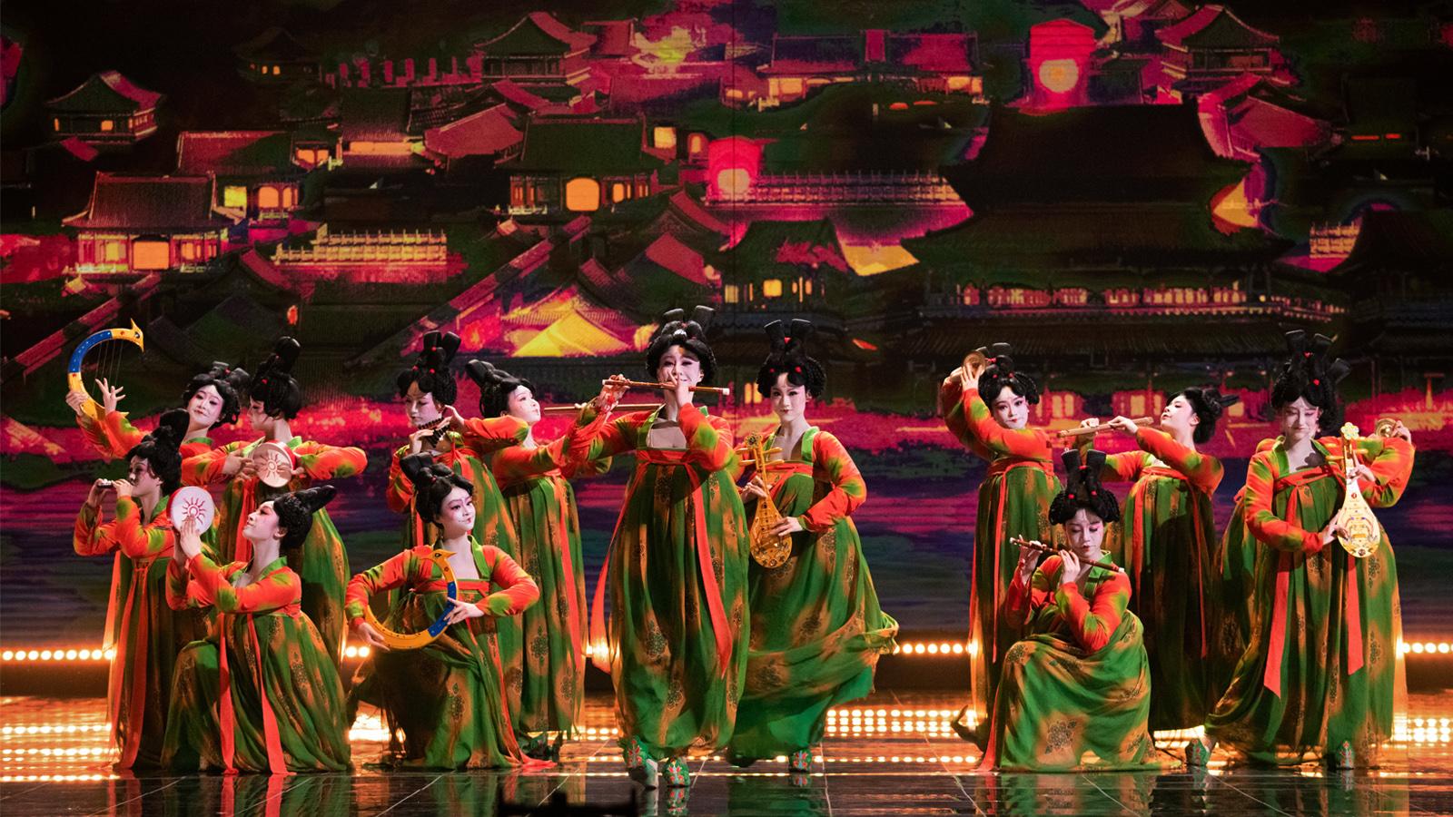 国潮舞蹈《唐宫夜宴》