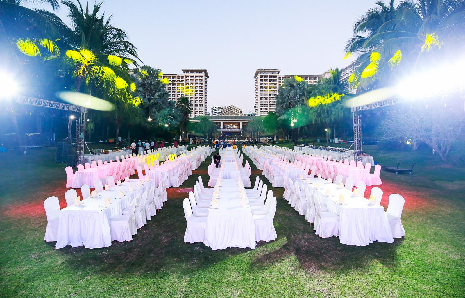 公司奖励旅游活动执行――草坪露天晚宴